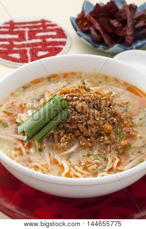 Dandan noodles with sprout and minced pork in Chinese style