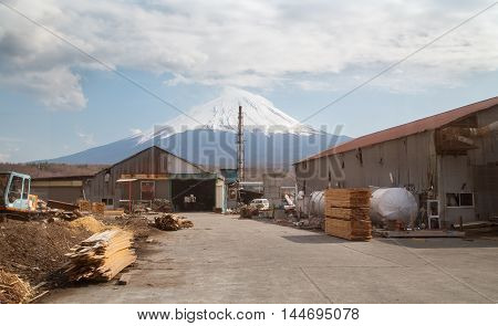Fujisan Mountain an Factory in yamanashi , Japan