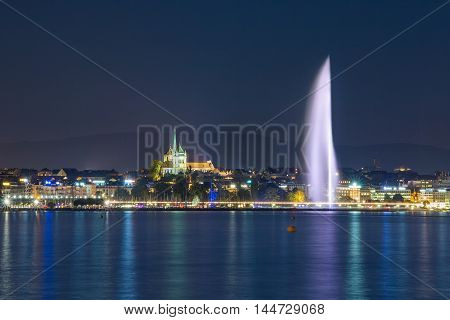 Geneva skyline, lake and fountain at night