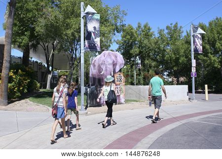 TUCSON, ARIZONA, AUGUST 27. Reid Park Zoo on August 27, 2016, in Tucson, Arizona. The main entrance to the Reid Park Zoo one of Tucson Arizona's biggest tourist draws.