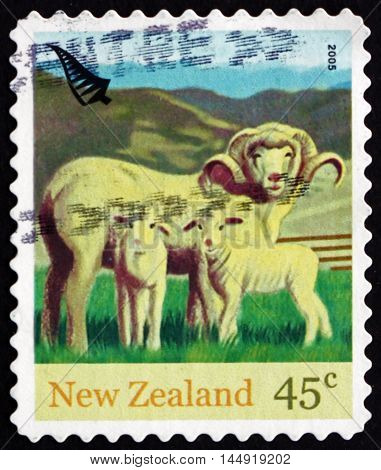 NEW ZEALAND - CIRCA 2005: a stamp printed in New Zealand shows Ewe and Lambs Farm Animals circa 2005