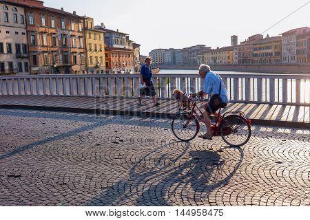 Street Scene On The Bridge Ponte Di Mezzo In Pisa