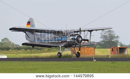 Leeuwarden, The Netherlands-june 10: An Old German Dm-skl Deutsche Lufthansa Performs At The Dutch A