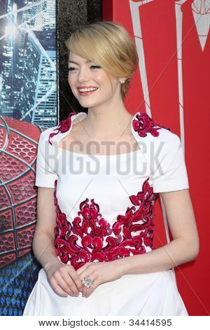 LOS ANGELES - JUN 28:  Emma Stone arrives at the