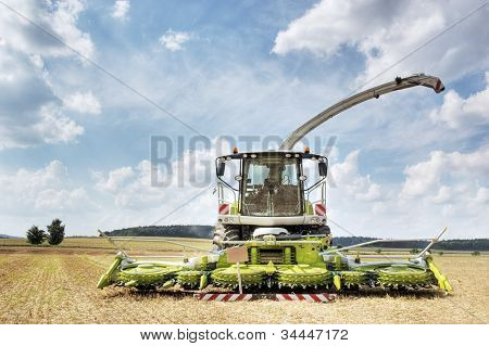 Combine Harvester And Thresher