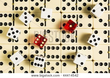 Dice & Dominoes