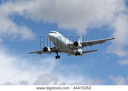 Air Canada Airbus A319-114