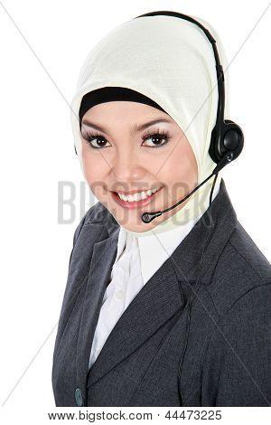 Muslim Customer Service Operator