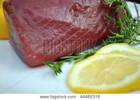 Lemon and Raw Tuna