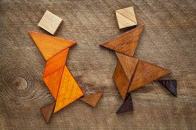 image of tangram  - a couple of dancers or martial artists  - JPG