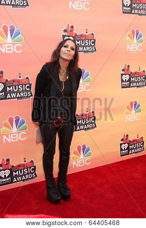 LOS ANGELES - MAY 1:  Linda Perry at the 1st iHeartRadio Music Awards at Shrine Auditorium on May 1, 2014 in Los Angeles, CA