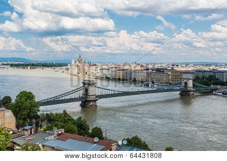 Chain Bridge And Hungarian Parliament, Budapest, Hungary