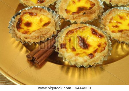 Pasteis De Nata - Egg Tarts On Golden Plate