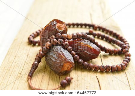 Saudi dates with islamic prayer beads