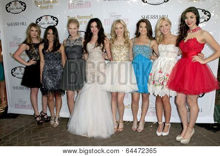 LOS ANGELES - APR 27:  Ryan Newman, friends at the Ryan Newman's Glitz and Glam Sweet 16 birthday party at Emerson Theater on April 27, 2014 in Los Angeles, CA