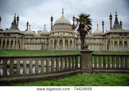 Picturesque view of the external facade of the Brighton Royal Palace Pavilion , a pleasure palace built in Indo-Saracenic style with onion domes and colonnades in Brighton, England
