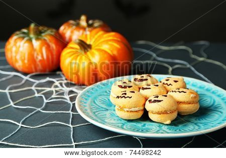 Tasty Halloween macaroons decorative spiderweb