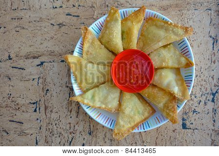 Fried Wontons with Chili Dip