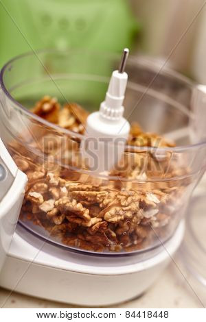 Kernel Walnuts In A Food Processor