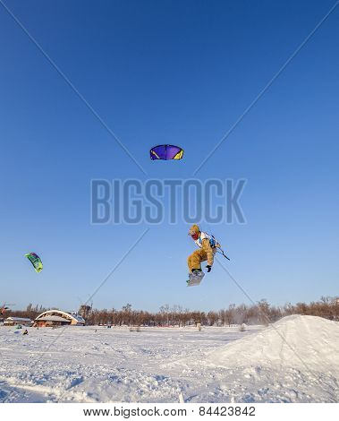 Russian competition for snowkiting Marathon Zhigulevskoye Sea 2015