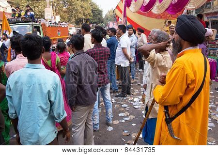 Delhi, India - November 5: Unidentified People Watch Guru Nanak Gurpurab Procession In The Street On