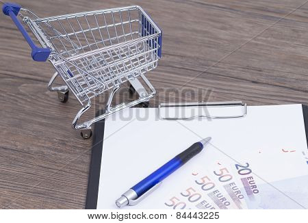 Shopping cart with notepad