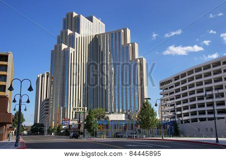 Reno, Usa - August 12: Silver Legacy Resort And Casino On August 12, 2014 In Reno, Usa.  Reno Is The