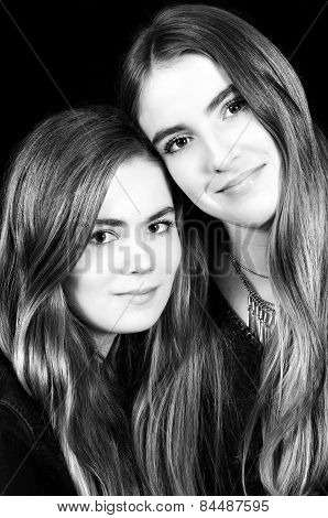 black and white portrait of 2 sisters