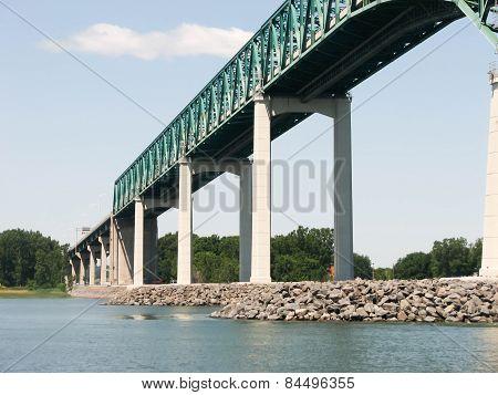 Bridge over the Saint Lawrence