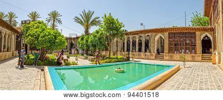 Zinat ol Molk House inner courtyard panorama