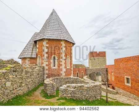 Chapel and walls on Medvedgrad castle