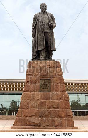 Almaty - Abay Monument