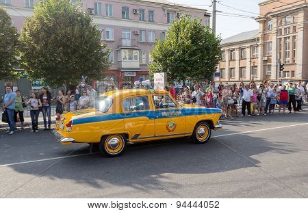 Makeevka, Ukraine - August, 25, 2012: Retro Cars - Patrol Car Since The Soviet Union