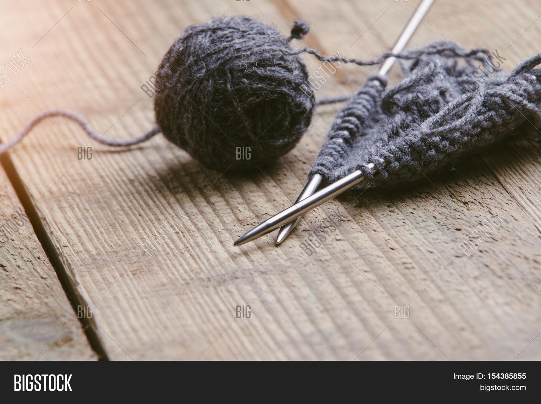 Large Knitting Needles And Wool Uk : Knitting needles and wool stock photo images