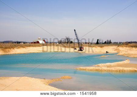 Kies Grube ausgraben