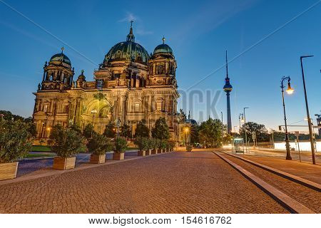 The Berlin Cathedral and the TV Tower before sunrise
