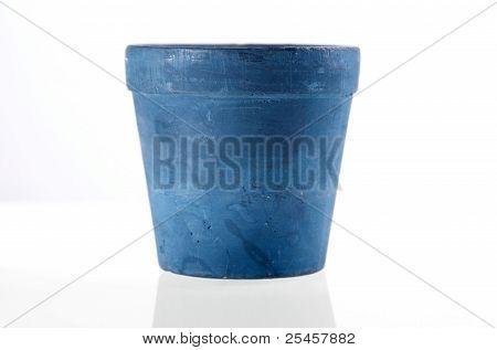 Azul Fllower Pot isolado com reflexão.