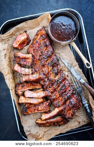 Barbecue spare ribs St Louis