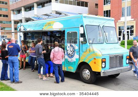Vasili's food truck