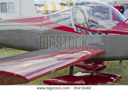 Maroon & Copper Jaribu 2200 Rv-12 Close Up