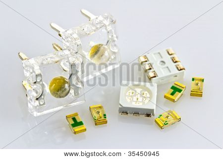 Single-chip And Three-chip Smd