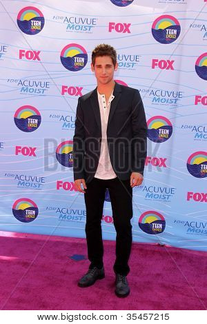 LOS ANGELES - JUL 22:  Jean-Luc Bilodeau arriving at the 2012 Teen Choice Awards at Gibson Ampitheatre on July 22, 2012 in Los Angeles, CA