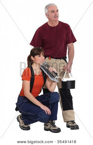 Tile cutter with female apprentice