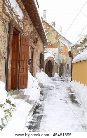 winter alley in Gyor