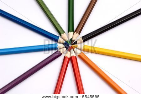 Colorful pencils forming a circle