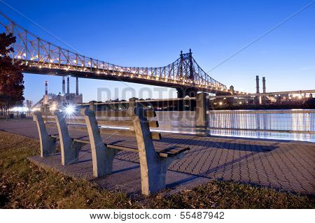 Roosevelt Island Promenade, New York City