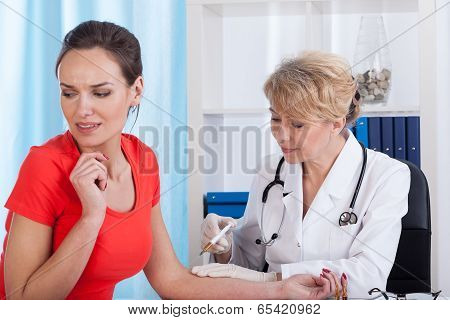 Patient Screaming While Doctor Injecting Inoculation