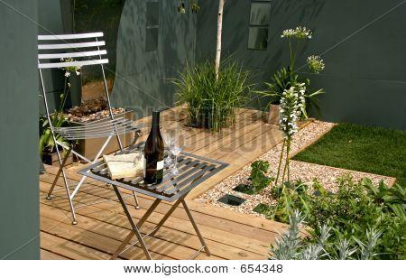 Modern Garden Space