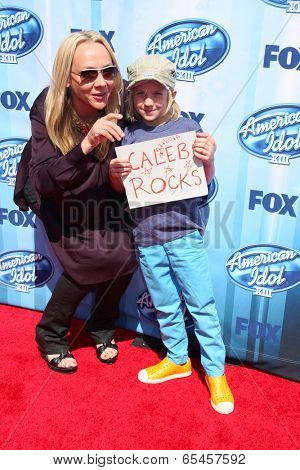 LOS ANGELES - MAY 21:  Nicole Sullivan at the American Idol Season 13 Finale at Nokia Theater at LA Live on May 21, 2014 in Los Angeles, CA
