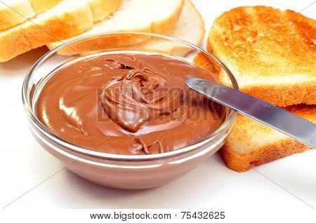 chocolate cream and wheat toast